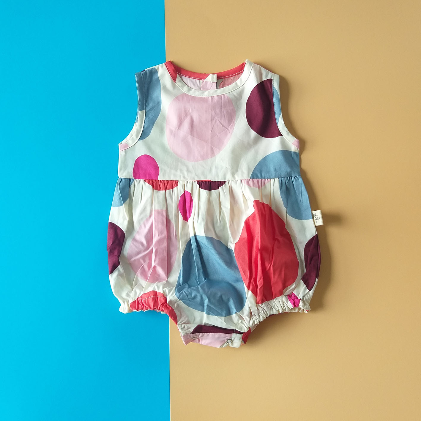 GIRLS BUTTONS BACK POLKADOT ROMPER / 100% PRINTED COTTON