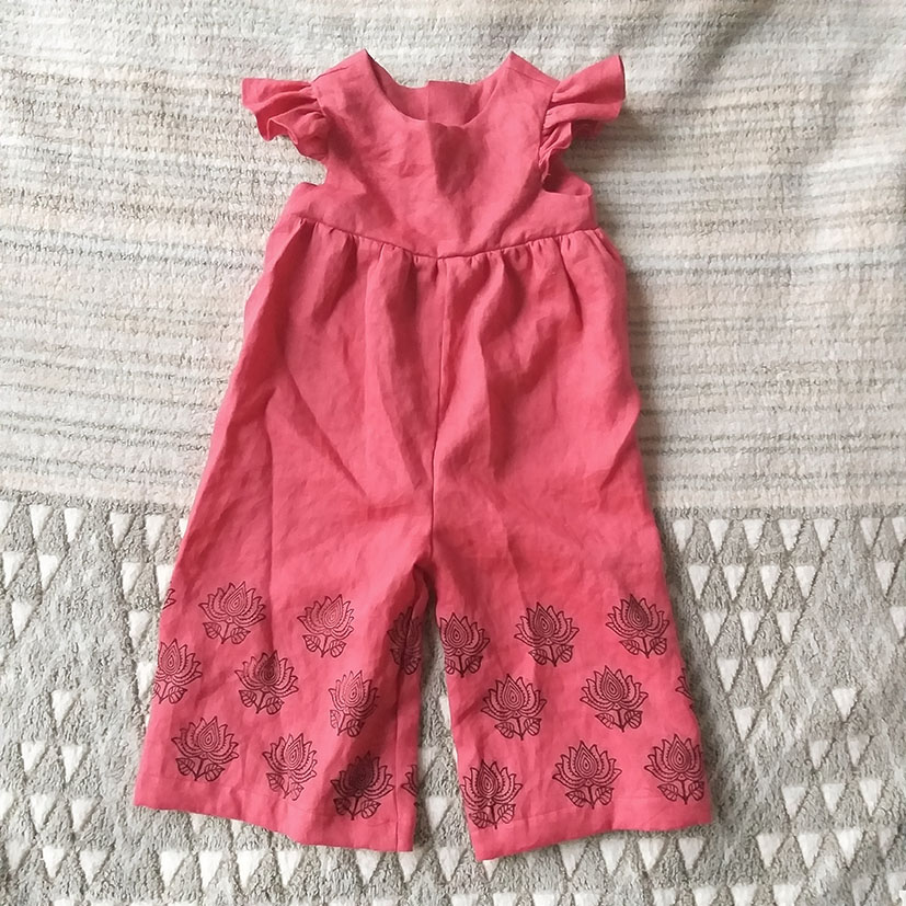 SAMPLE MADE FROM MAROON LINEN