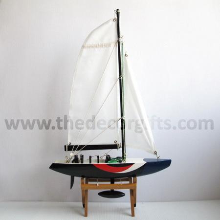 เรือใบธงชาติฝรั่งเศส+ฐานตั้ง งานไม้ แนวทะเล