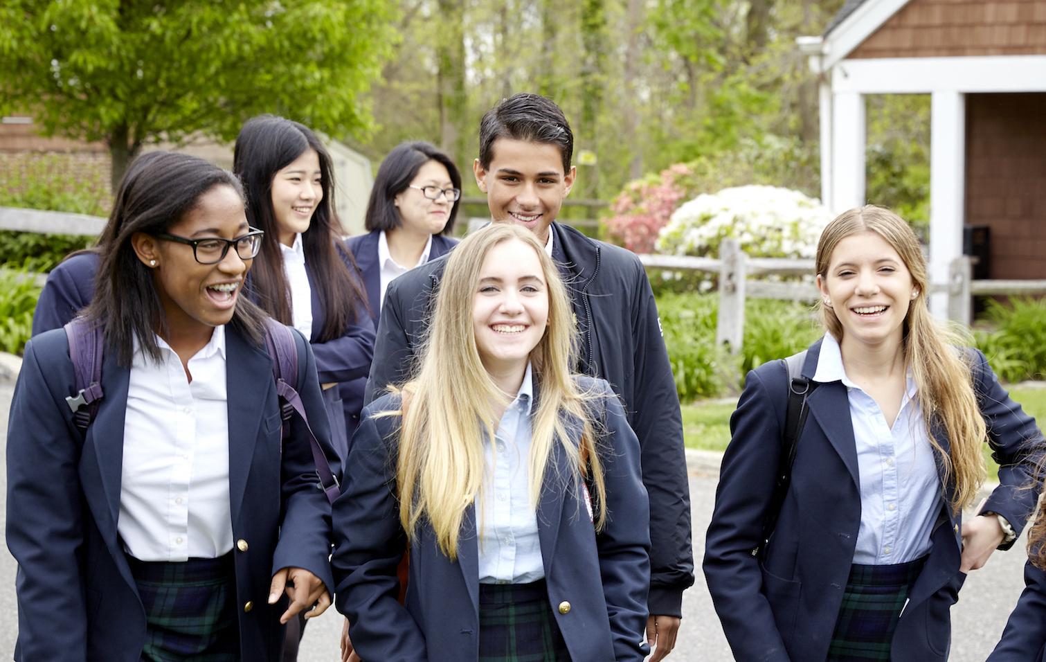 โรงเรียนเอกชนแบบมีหอพักในตัวในอเมริกา