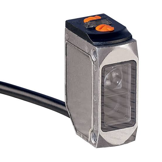 O6P300  , ifm electronic , efector โฟโต้เซนเซอร์/ ราคา / ระยะตรวจจับ 0.05...5 เมตร/ แบบสะท้อนกับแผ่นสะท้อน (ifm photo sensor/ photo cell)