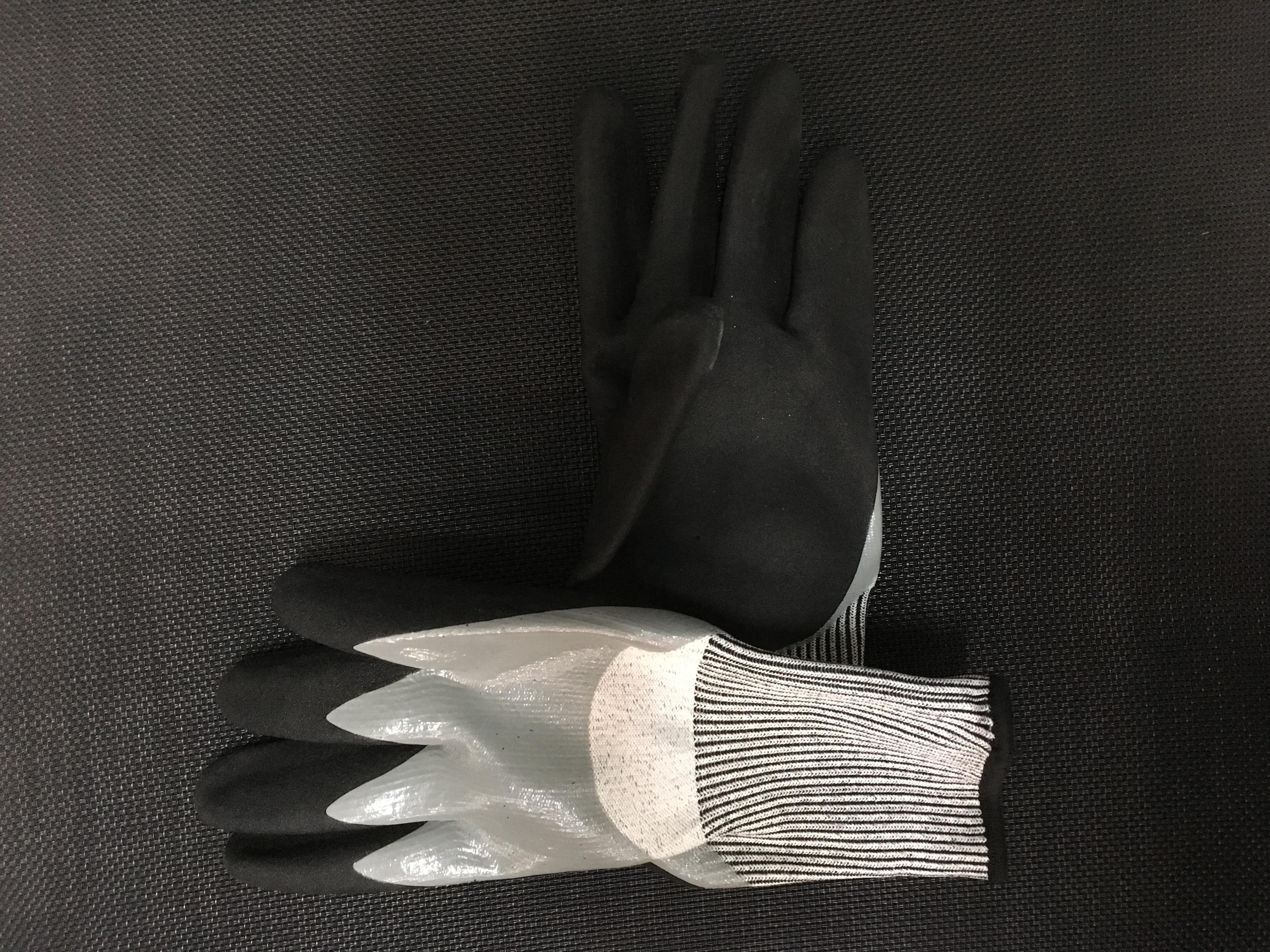ถุงมือกันบาดเคลือบยาง (กันลื่น)