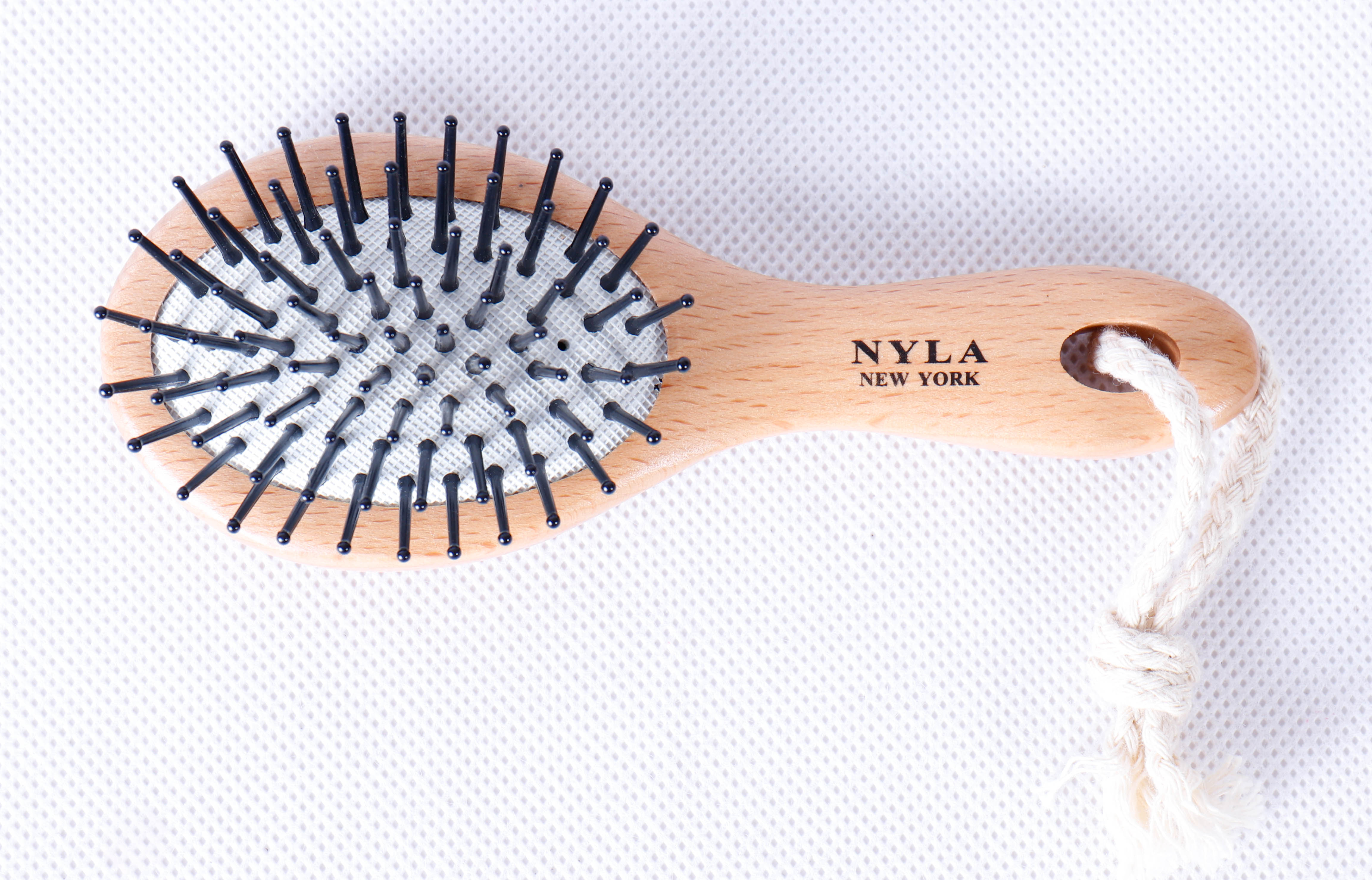 NYLA NEW YORK  HFBB013G.HAIR BRUSH