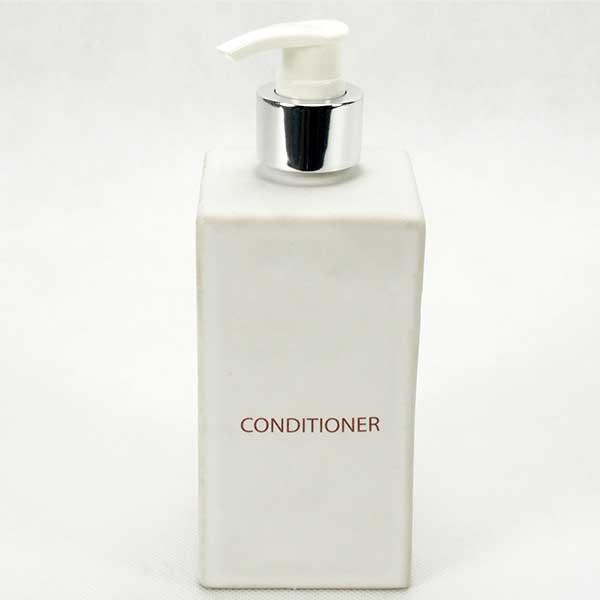 Dispenser 8x8 H. 12 cm.; White-Conditioner