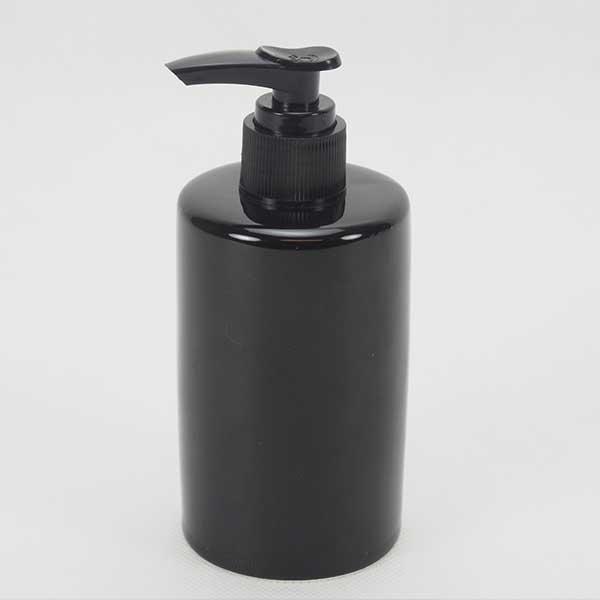 soap dispenser Black 6x9.5 cm. 260ml.