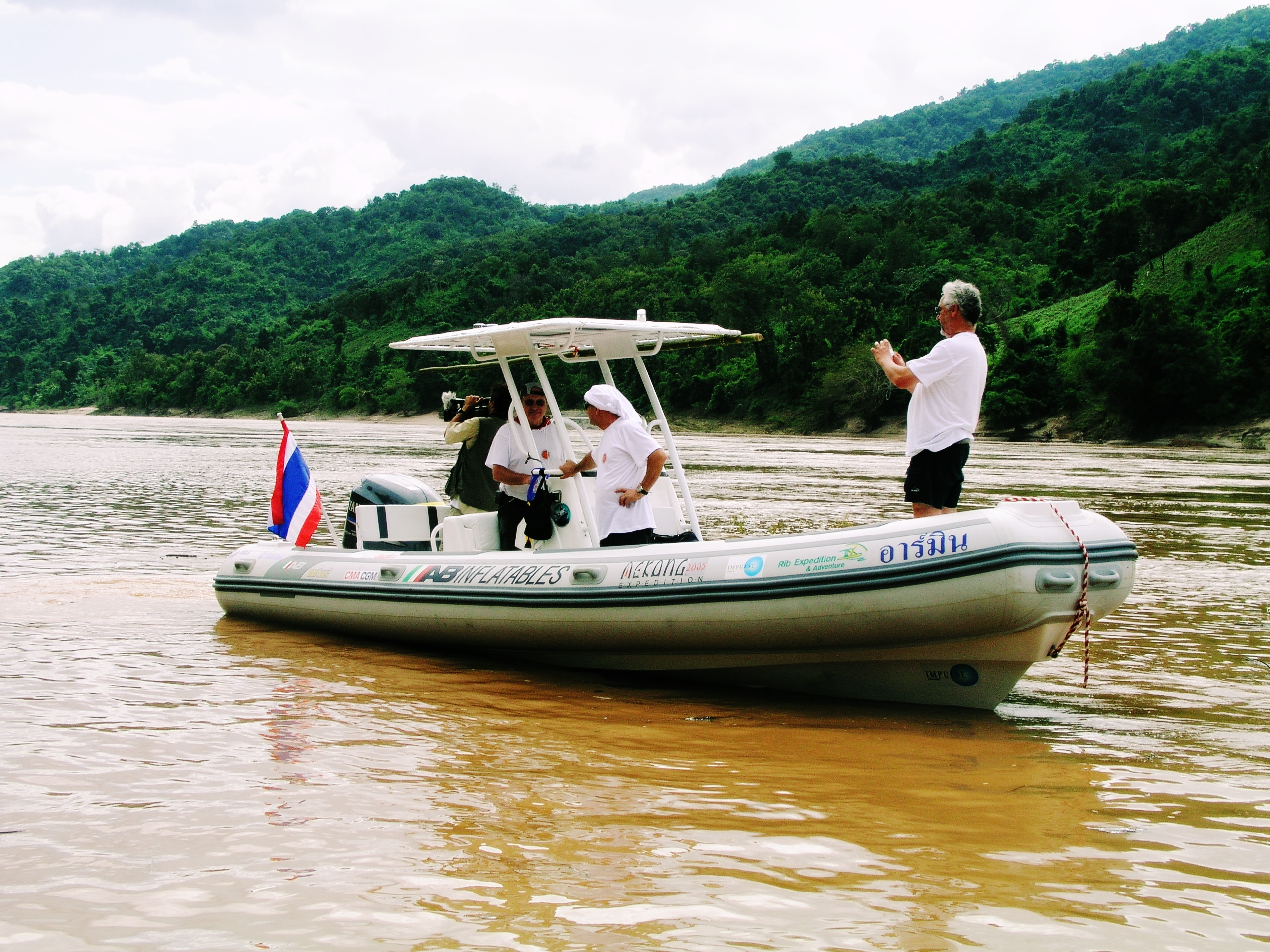EXPENDITION MEKONG CRUISES INTO THE HISTORY BOOKS