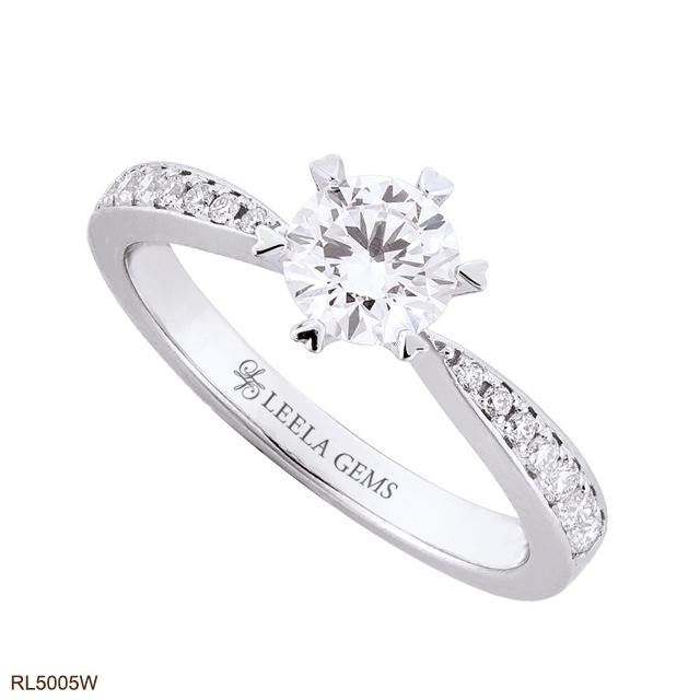 แหวนเพชรหนามเตยหัวใจ