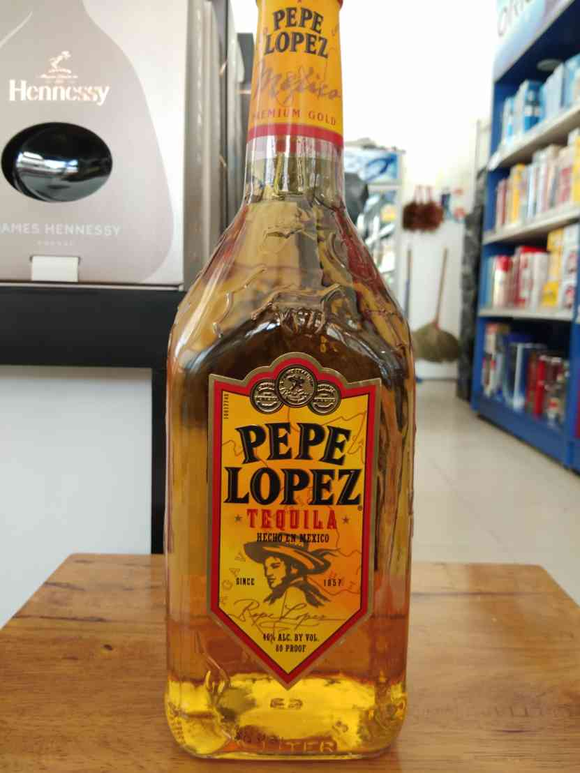 Pepe Lopez Gold 1L (40%acl )