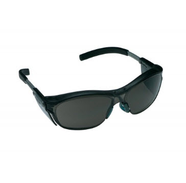 3M แว่นตานิรภัย 11412 NUVO เลนส์ดำ กรอบสีเทา