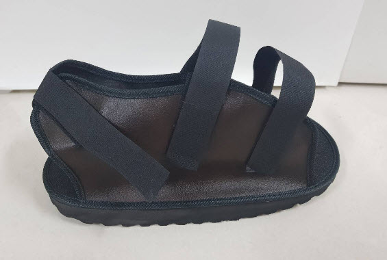 รองเท้ารองเฝือก PTS