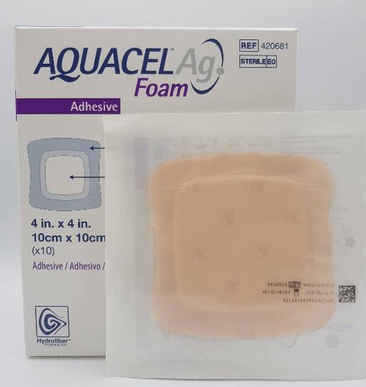 Aquacel Foam Ag+ Adhesive 10x10 cm [420681]