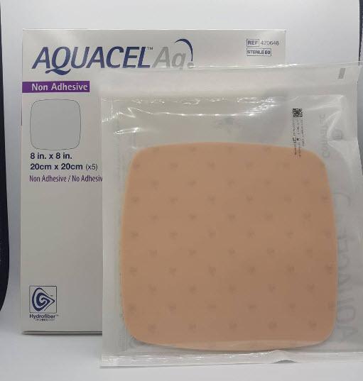 Aquacel Foam Ag+ Non Adhesive 20x20 cm [420646]