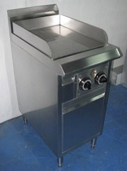 GRIDDLE WITH SWING DOOR