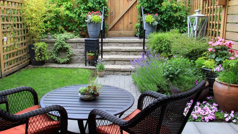 ไอเดียจัด มุมนั่งเล่น ในสวนไว้สำหรับพักผ่อนชิลล์ๆ