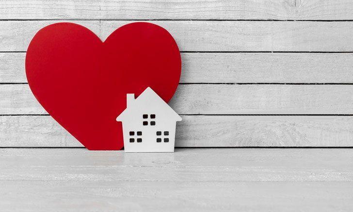 """10 เคล็ดลับแต่งบ้านเรียก """"ความรัก"""" ให้มากองตรงหน้า"""