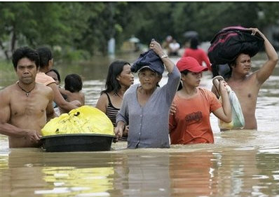 สิ่งของจำเป็นสำหรับผู้ประสบภัยน้ำท่วม