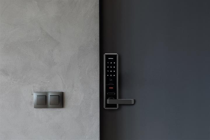 digital-door-lock