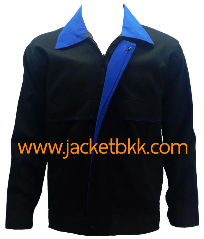 เสื้อแจ๊คเก็ต ตัดต่อแบบ A สีดำปกสีน้ำเงิน ผ้าคอมทวิว