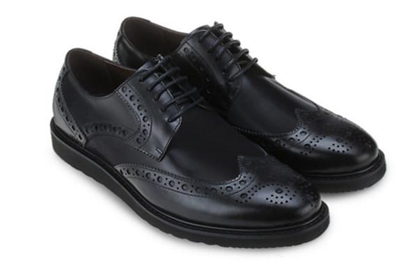 รองเท้าผูกเชือกหนังแท้ Black Derby Brogues