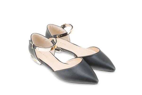 Rebecca Pointed Toe Sandal - Black