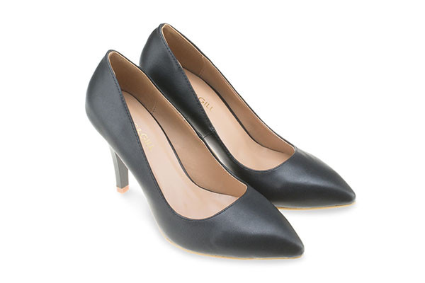 Pointed Toe High Pumps - Black