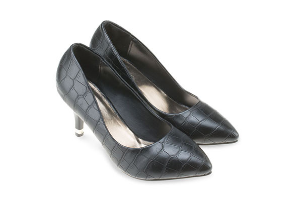 Embossed Pumps - Black