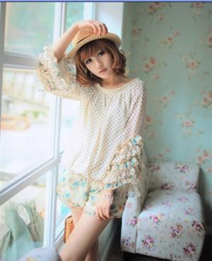 [[สินค้าขายแล้ว]] ชุดเสื้อกางเกงผ้าชีฟอง เสื้อลายจุด กางเกงลายดอกไม้