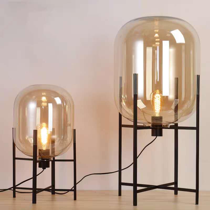 โคมไฟตั้งโต๊ะ 8820-Lแก้วสีชา ขนาด 39*39*90ซม