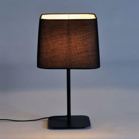โคมไฟตั้งโต๊ะ 760T-BK