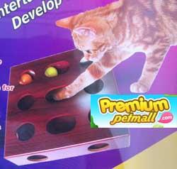 กล่องของเล่นแมว กล่องไม้พร้อมบอล