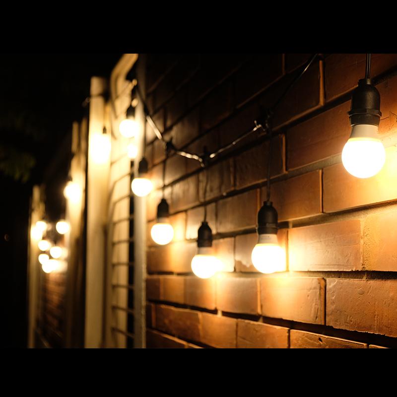 สายไฟระย้า ไฟห้อย ขั้วเกลียว E27 10 เมตร พร้อม หลอด LED โตชิบา 4W ทรงปิงปอง 30 หลอด (สายไฟประดับตกแต่งกันน้ำ)