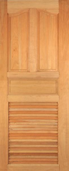 ประตูไม้สยาแดง บานปีกนกเกล็ดล่าง