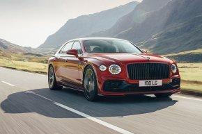 2020-Bentley Flying Spur V8 หรูหราไฮคลาส ขับเองก็เร้าใจได้