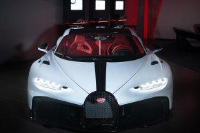 ส่งมอบเรียบร้อย!! กับ Bugatti Chiron Pur Sport คันแรกในโลก