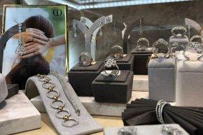 ซื้อแหวนแต่งงานที่ร้านไหนดี ? มีข้อแนะนำ 7 ข้อมาบอกก่อนเลือกร้านแหวนเพชร
