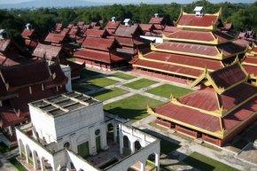 พระราชวังมัณดาเลย์ (Mandalay Royal Palace)