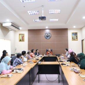 """ประชุมโครงการวิจัย """"การสร้างย่านเศรษฐกิจด้วยทุนทางวัฒนธรรมชุมชน เพื่อกระตุ้นเศรษฐกิจในพื้นทึ่"""""""
