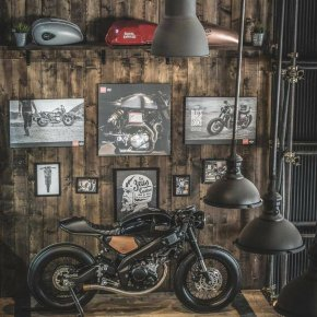 Yamaha XSR155  LUXURY CAFE RACER by Zeus Custom