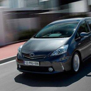เปลี่ยนแบตเตอรี่ Toyota Prius แบตหมด ราคาถูก ติดตั้ง ฟรี!