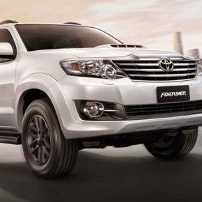 เปลี่ยนแบตเตอรี่ Toyota Ventury แบตหมด ราคาถูก ติดตั้ง ฟรี!