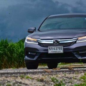เปลี่ยนแบตเตอรี่ Honda Accord G8 แบตหมด ราคาถูก ติดตั้ง ฟรี!