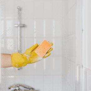 วิธีง่ายๆขจัดคราบกระจกห้องน้ำ