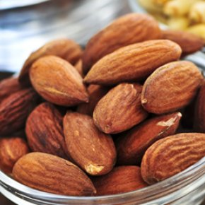 10 ประโยชน์ของอัลมอนด์ เคี้ยวเพลินได้สุขภาพ