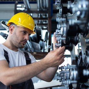 การผลิตและการบริโภคเครื่องจักรกลการเกษตร