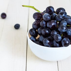 Detox the brain with resveratrol To prevent and help take care of dementia patients