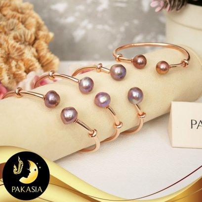 กำไล Collection ปกาเซีย หัวกำไลมุกมีฟังค์ชั่นถอดได้ มุกสีม่วงเข้ม ทรงบารอก-Ripple Pearl ขนาด 10-11 mm ตัวเรือนกำไลเลี้ยงเงินแท้ชุบ Pink Gold