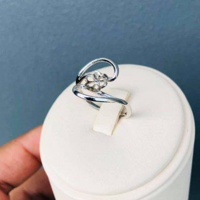 แหวนม่วงลูกแม่ ไข่มุก Edison น้ำจืดคัดเกรด สีม่วง ทรงกลม ขนาดจัมโบ้ 12.80 mm เกรด AA+ Luster ดีเยี่ยม ตัวเรือนแหวน เงินแท้ 92.5 ชุบทองคำขาว