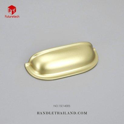 มือจับเปลือกหอยสีทอง