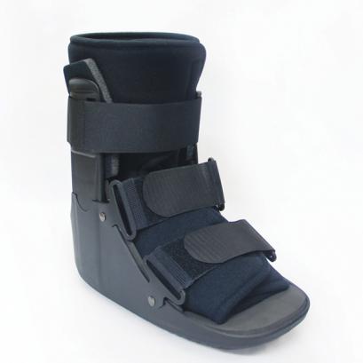 เฝือกบูท (สั้น) กระดูกหลังเท้าแตกหัก Walker Boot (Short)