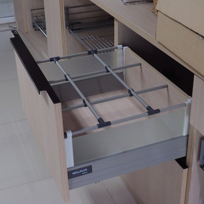 Tandem Box with Acrylic Side Panels